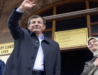 Davutoğlu Konya'da dört cümle kurdu
