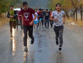 Karaman'da öğrenciler Cumhuriyet için koştu